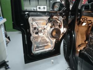 Auto HiFi Einbaubeispiel im VW T6 Califonia