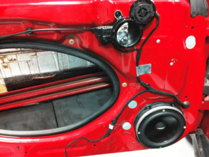 Auto HiFi Einbaubeispiel im MINI