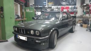 Becker HiFi Einbaubeispiel im BMW E30