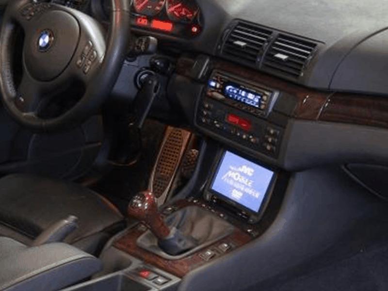 Alpine HiFi Einbaubeispiel im BMW E46 Cabrio