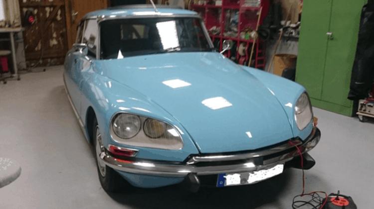 Citroen Ds Car-HiFi Einbaubeispiel von Finsterwalder Elektronik