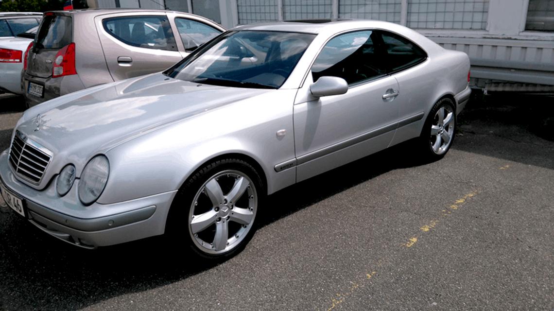 HiFi Einbaubeispiel Mercedes Benz CLK