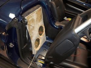 Car HiFi Einbaubeispiel im Chevrolet SSR